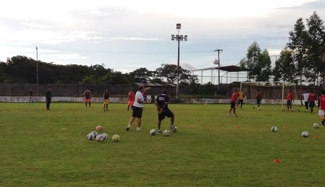 Técnico novo no Santos-AP e reforços no Trem marcam preparação para Série D