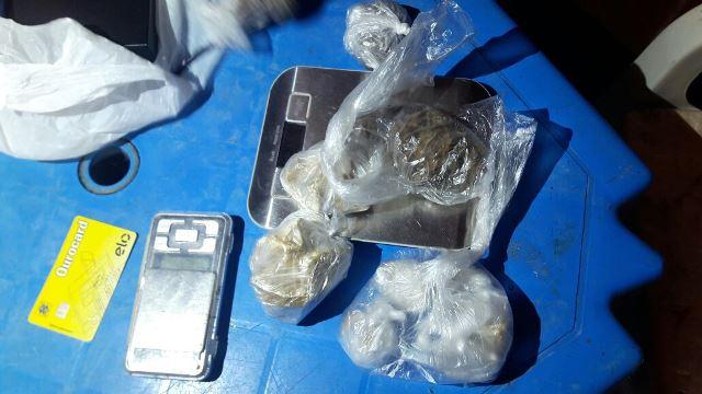 PM encontra aluno fumando crack e apreende 1 kg de drogas