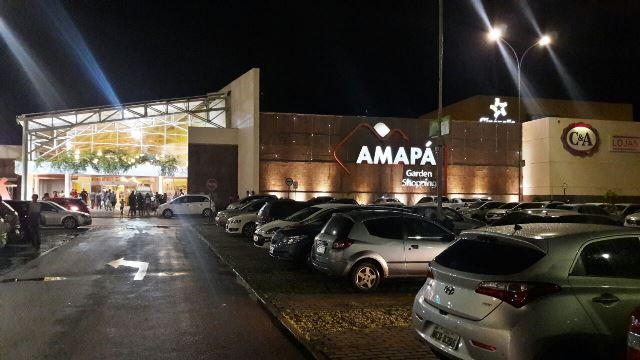 Shoppings são liberados