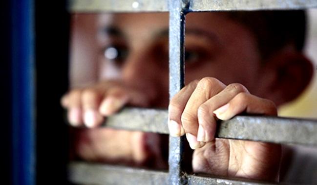 """Artigo: A cadeia e os 3 """"pês"""""""