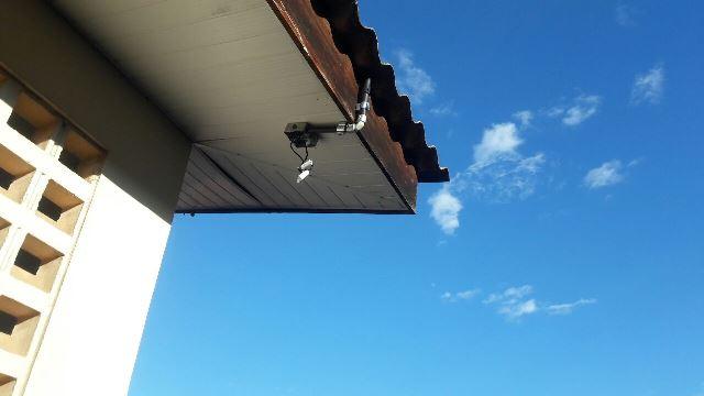 Criminosos furtam 8 câmeras de segurança em escola