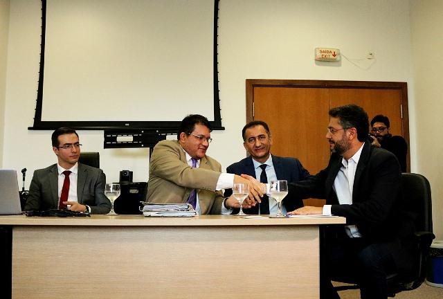 Governo e prefeitura acertam retomada do Hospital Metropolitano