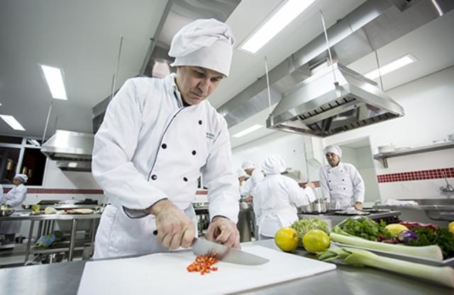 1º curso superior de gastronomia do AP é o mais procurado na Unicesumar