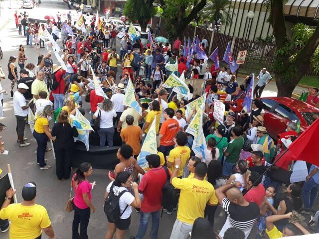 Greve Geral no Amapá reúne 500 pessoas, segundo sindicalistas