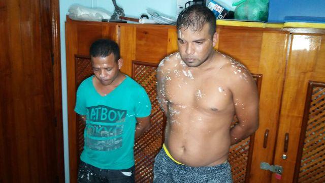 Traficantes são presos após expulsar moradores e transformar casa em laboratório de drogas