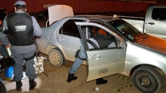 Ladrões com pneu furado pedem ajuda para vítima, capitão da PM
