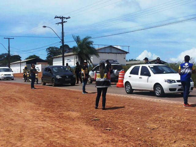 Para evitar novos acidentes, obra da Duca Serra recebe reforço no trânsito