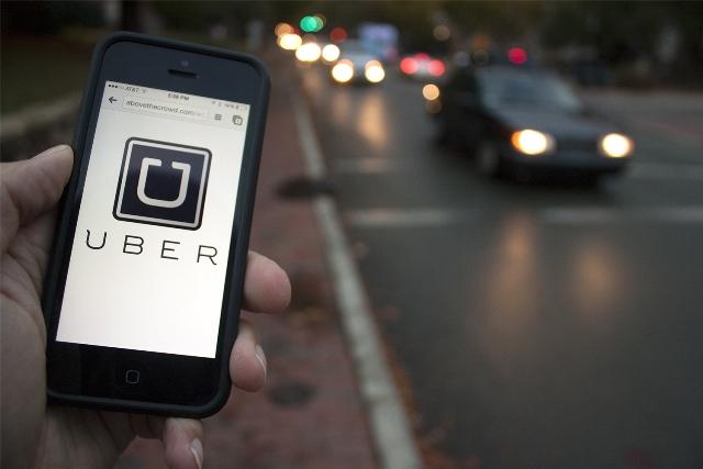 Uber diz que cadastro para motoristas continua