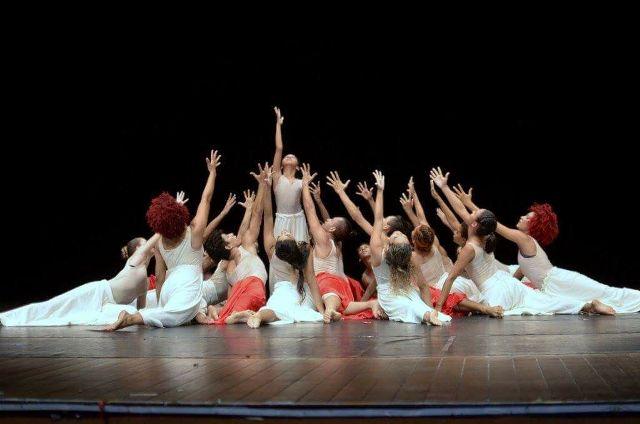Teatro das Bacabeiras recebe mostra de balé clássico e contemporâneo