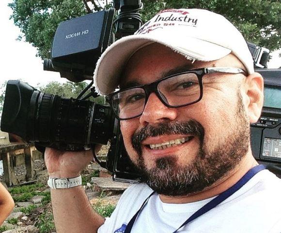 Cinegrafista é baleado por PM após discussão em posto
