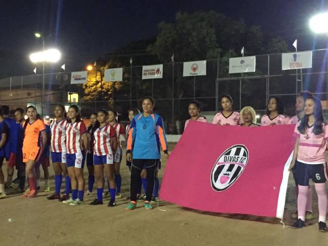 Super Copa Rosa busca valorização do futebol feminino