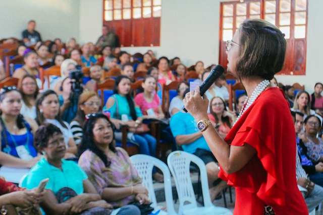 """Em Santana, 200 mulheres aderem ao """"Caminho do Empreendedor"""""""