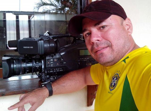 Com bala na perna, cinegrafista aguarda cirurgia