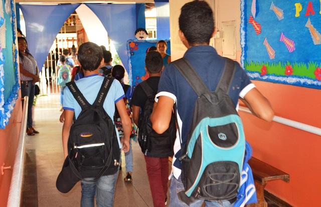 Estado prepara retorno de aulas presenciais
