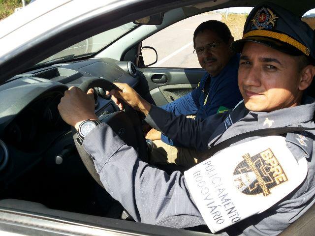Policiais rodoviários estaduais aprimoram táticas para perseguição