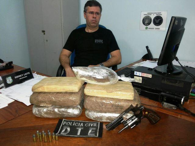 "Traficante foge, mas Polícia Civil apreende 6,5 kg de ""skank"""