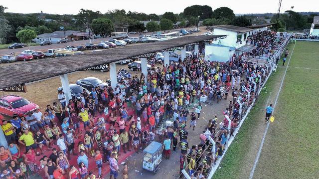 Fase C de campeonato em Oiapoque reúne 5 mil pessoas em estádio
