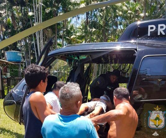 GTA resgata criança atingida por queda de árvore