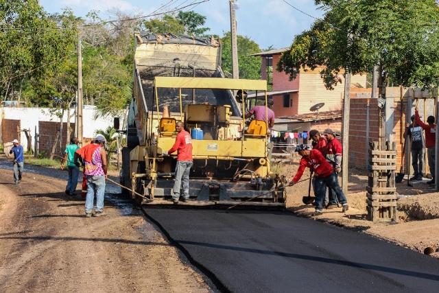 Finalmente, o asfalto…