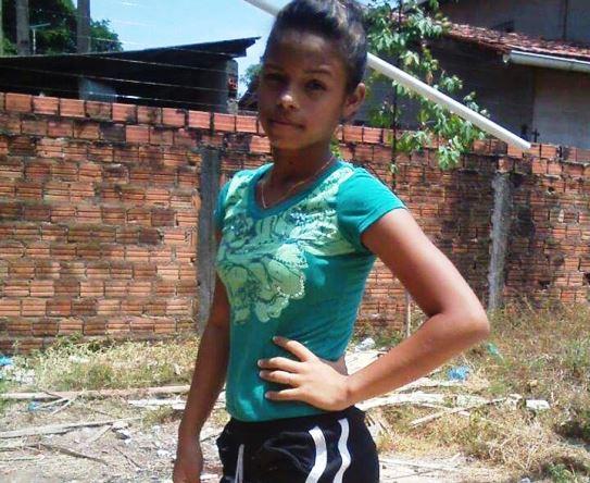 Adolescente morta em Santana sabia demais, diz família