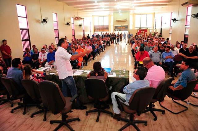 Em Oiapoque, Waldez anuncia ampliação da rede de água
