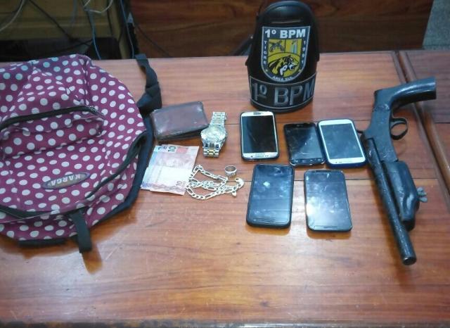 Polícia persegue e captura menor que roubou estabelecimento no Centro