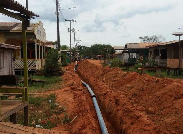 Vitória do Jari tem rede de distribuição de água ampliada em 700 metros