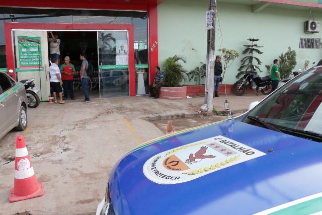 Malote roubado tinha R$ 120 mil, diz polícia