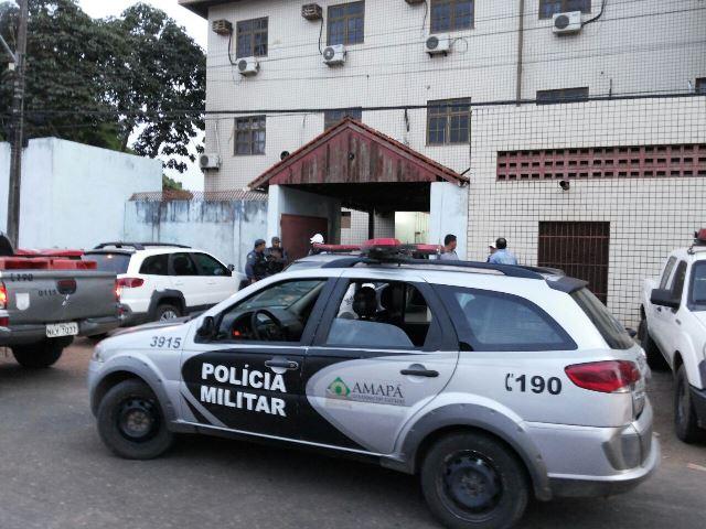 BRPM encontra quase 2 kg de drogas em táxi