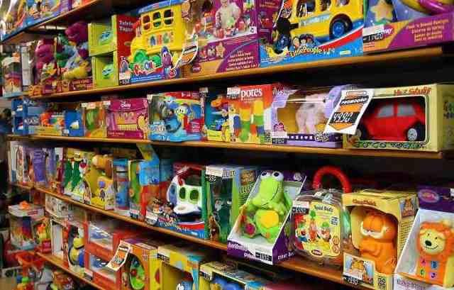 Lojas de brinquedos e parques de shoppings serão fiscalizados