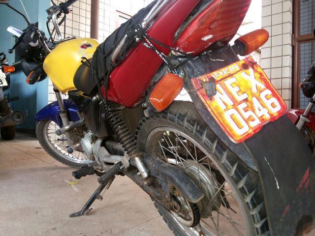Mototáxi roubada circulava normalmente na praça