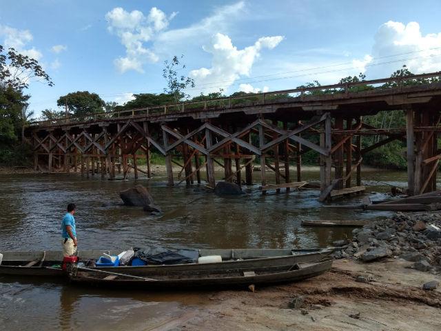 Ponte no rio Cupixi oferece risco a motoristas, alerta PRF