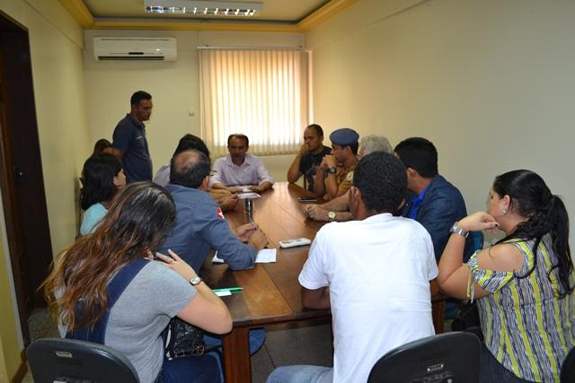 Após polêmica e abaixo assinado, Setrap diz a moradores que Goiabal será asfaltado