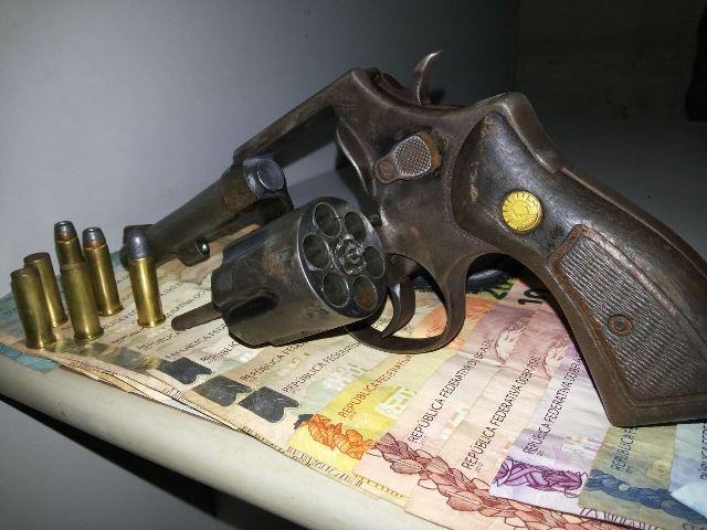 Com passagens por roubo e homicídio, criminoso morre em troca de tiros