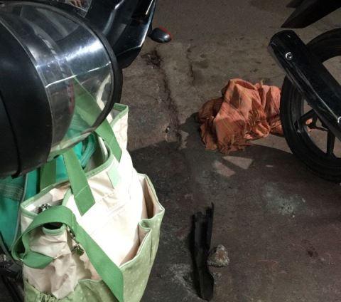 Bebê de 28 dias morre ao cair da moto