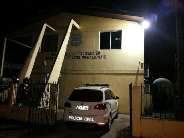 Polícia captura quatro menores que assaltaram posto de gasolina