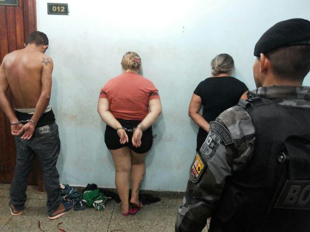 Trio escondia quase 1 kg de crack no ar-condicionado
