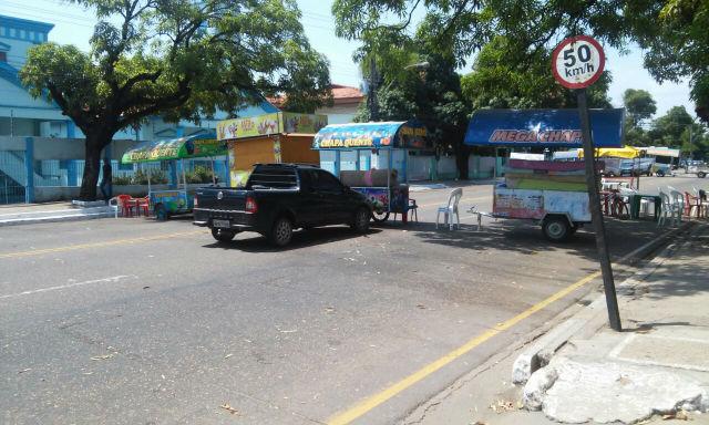 Obstrução da FAB há uma semana por manifestantes provoca reclamações