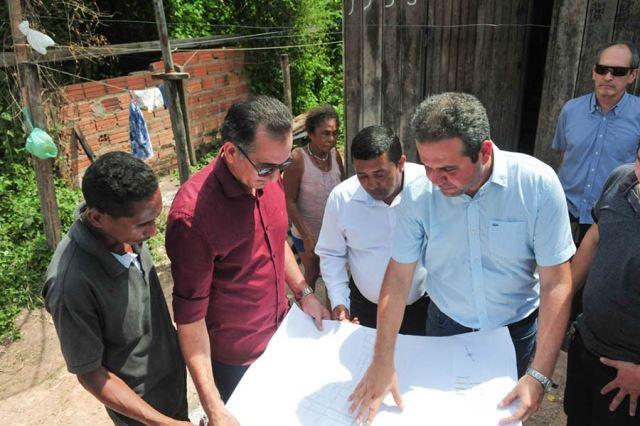 Waldez assina convênio para garantir continuidade de obras em Mazagão