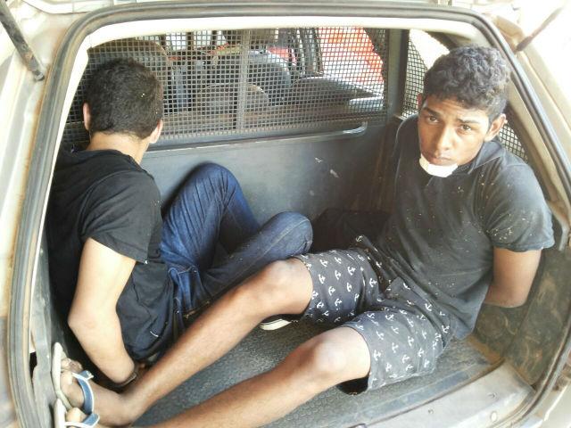Suspeitos de assalto são capturados por populares