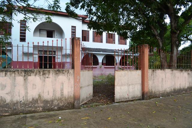 Escola histórica, Barão do Rio Branco segue fechada