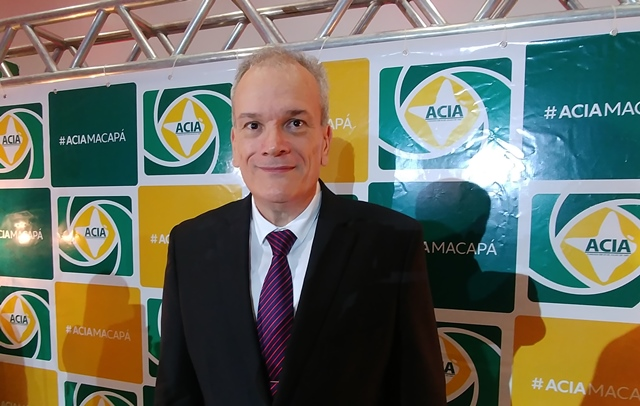 Jaime assume a Acia, e confirma que vai disputar o Senado