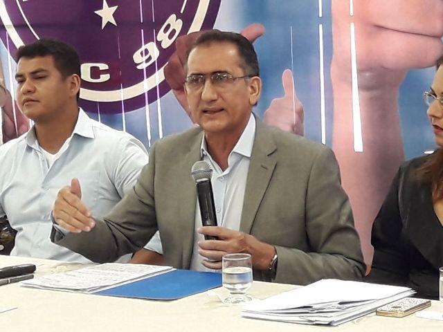 Waldez vai vetar 13º e 14º salário de deputados