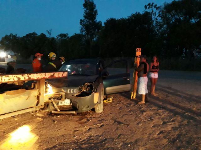 Acidentes na madrugada deixam 3 feridos e um motorista é preso