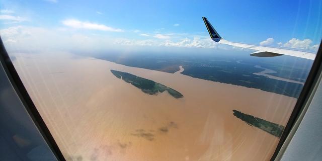 Falsa notícia sobre queda de avião deixa famílias em pânico