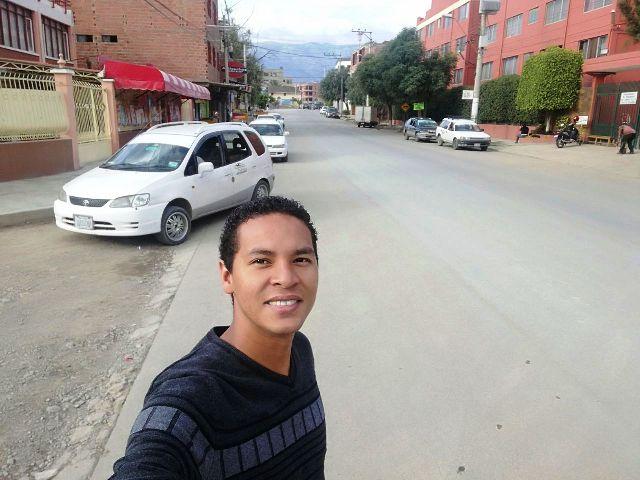 """Amapaense faz """"vaquinha virtual"""" para concluir medicina na Bolívia"""
