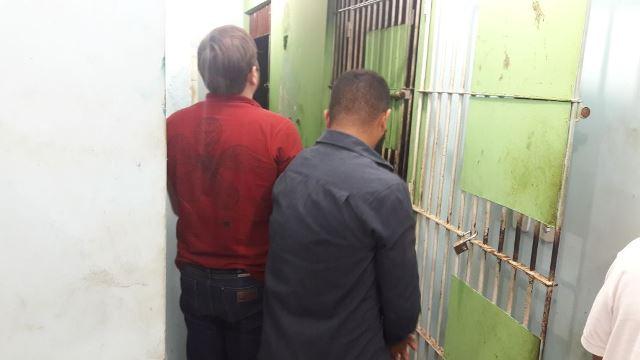 Engenheiro e comparsa são presos tentando sacar cheque adulterado de R$ 4 milhões