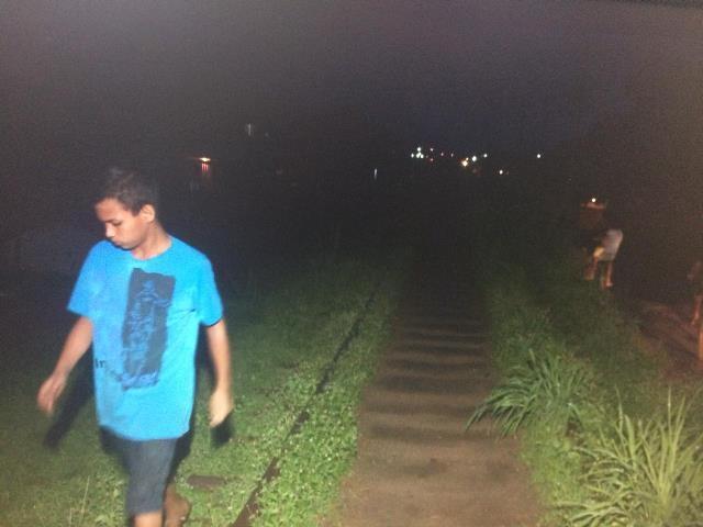 Falta de iluminação causa insegurança no bairro Jardim de Deus, em Santana