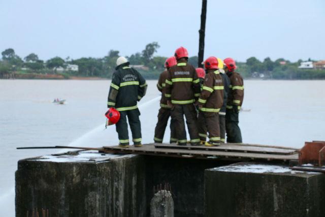 Encontrado o corpo do último desaparecido na explosão do barco no Porto de Santana