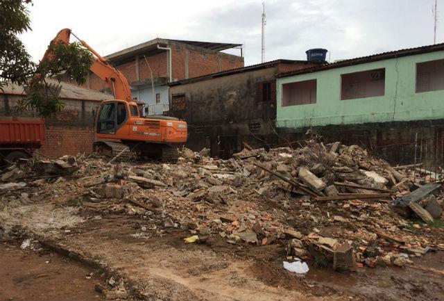 Vendedores de peixe da Feira do Buritizal serão remanejados para nova área